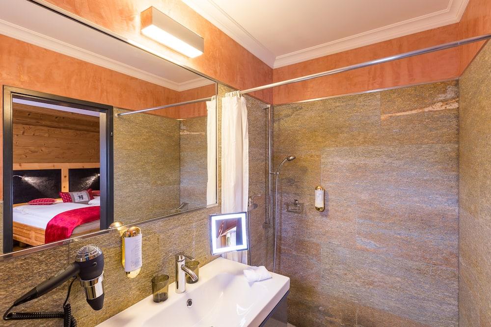 Standard Tek Büyük Yataklı Oda, Özel Banyo - Banyo