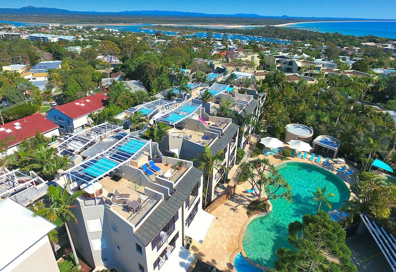 Noosa Blue Resort, Noosa Heads, Sundeck