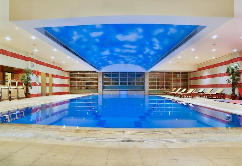 Grand Cevahir Hotel & Convention Center, Istambuł, Basen kryty