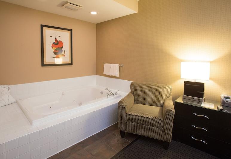 Holiday Inn Hotel & Suites St. Paul NE - Lake Elmo, an IHG Hotel, Lake Elmo, Suite, 1 Katil Raja (King), Non Smoking (Whirlpool), Bilik Tamu