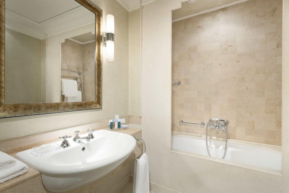 スーペリア ダブルルーム (1 名様利用) - バスルーム