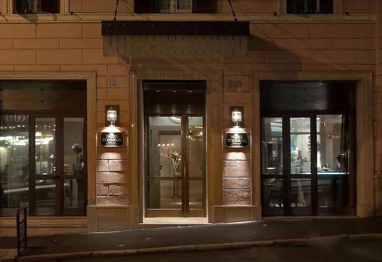 Hotel Stendhal, Roma, Utvendig