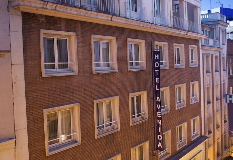 Hotel Avenida Gran Via, Madrid, Voorkant hotel