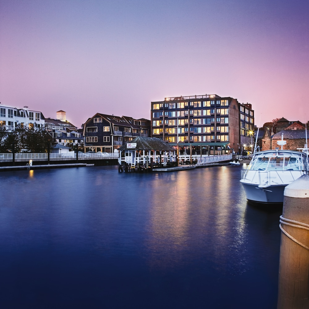 Wyndham Inn on the Harbor, Newport