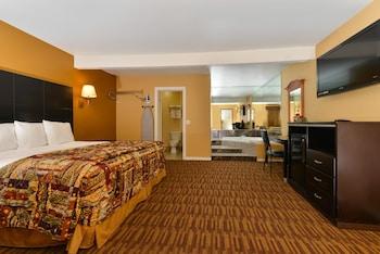 Picture of Americas Best Value Inn Los Angeles at S Alvarado St in Los Angeles