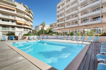 Picture of Odalys - Appart'Hotel Les Félibriges in Cannes
