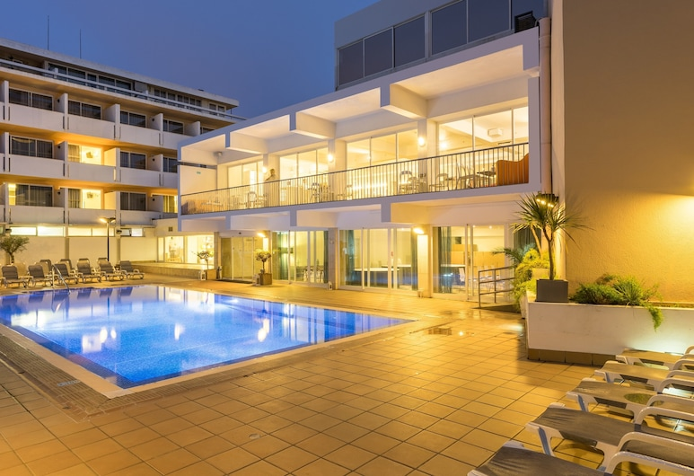 Hotel Londres Estoril \ Cascais, Cascais, Piscina al aire libre