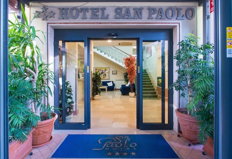 Hotel San Paolo, Napoli, Ingresso hotel