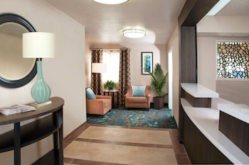 Choose This Business Hotel in Anaheim -  - Online Room Reservations