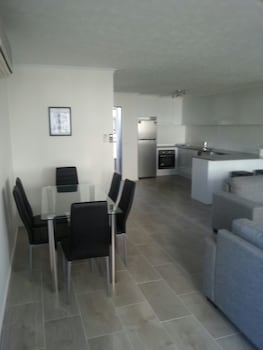 Foto do Broadbeach Travel Inn Apartments em Broadbeach