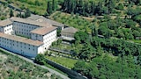 Choose This 3 Star Hotel In Cortona