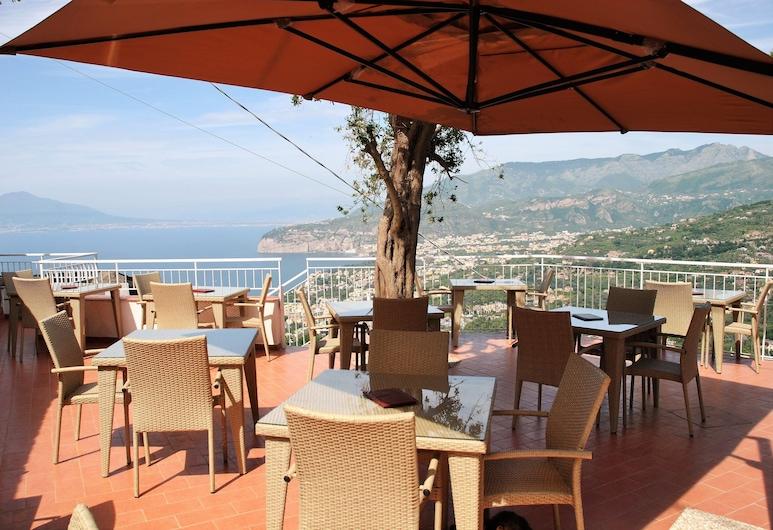 Hotel Villa Fiorita, Sorrento, Terrazza/Patio