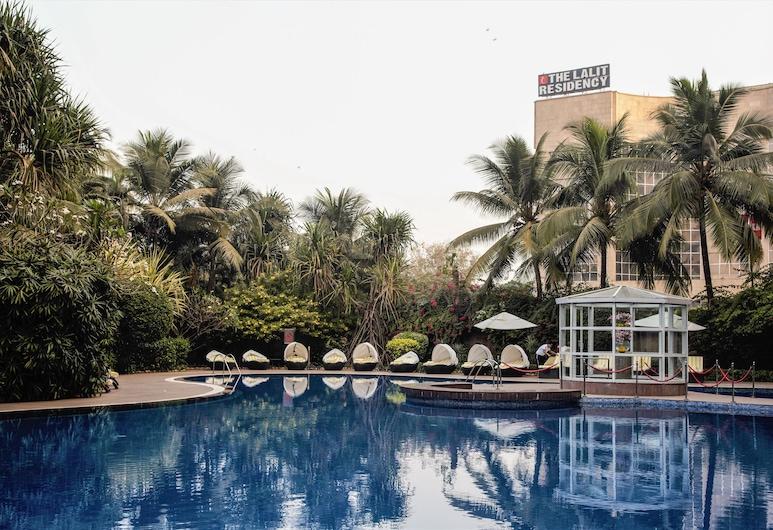 The LaLiT Mumbai, Mumbai, Bazen