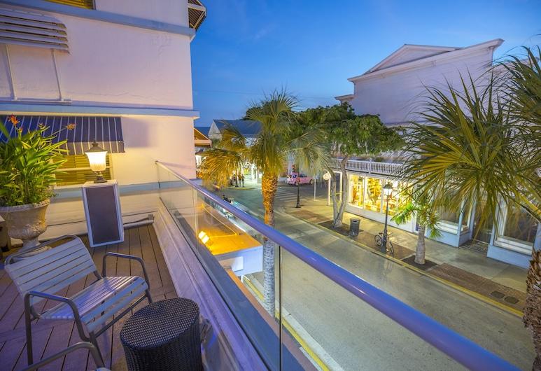 Pegasus International Hotel, Key West, Sundeck