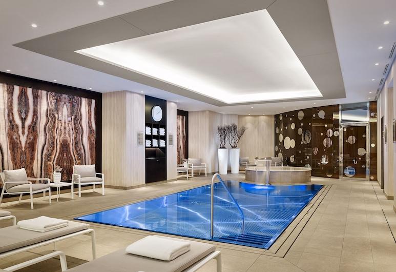 The Ritz-Carlton, Berlin, Berlin, Pool
