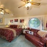 Deluxe Oda, 1 En Büyük (King) Boy Yatak, Balkon, Liman Manzaralı - Oturma Alanı
