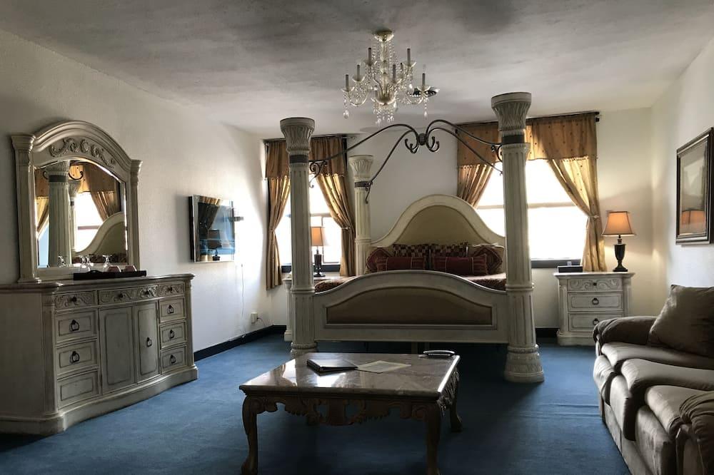Bavarian Royal King, Village View - Guest Room