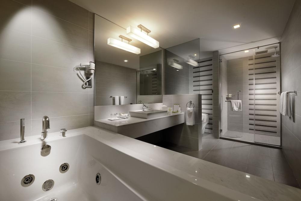 喬治鎮檳城雙威酒店, George Town, 套房, 浴室