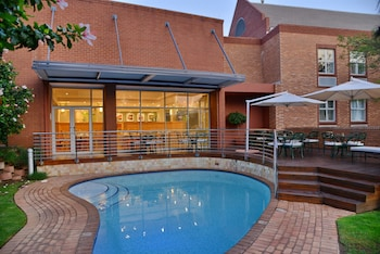 Picture of Road Lodge Sandton Grayston Drive in Sandton
