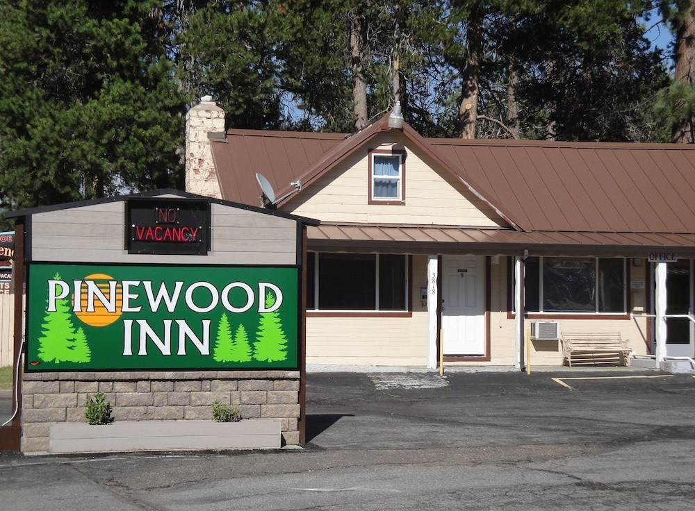 Pinewood Inn, South Lake Tahoe