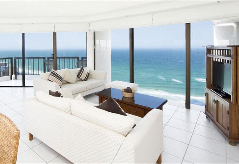 BreakFree Longbeach, Surfers Paradise, 3 Bedroom, Living Area