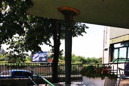 納普飯店/