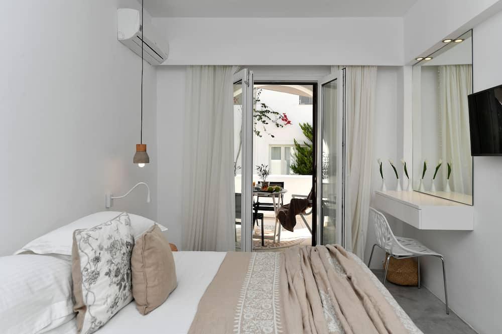 Dizaina studijas tipa luksusa numurs, divas guļamistabas, virtuve, atsevišķa ēka - Viesu numurs