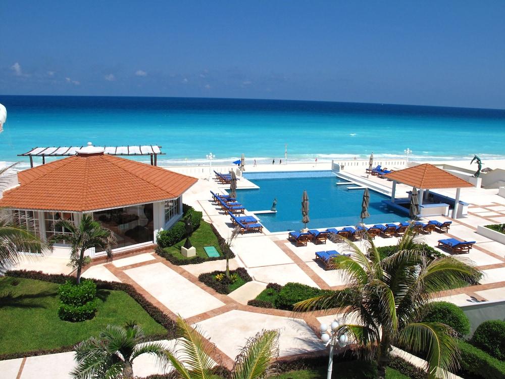 Casa Turquesa Cancun Outdoor Pool