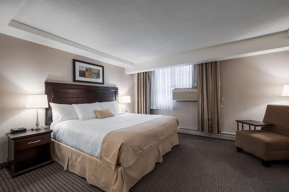 Regency Suites Hotel (Calgary, Alberta) : Hoteles en Calgary ...