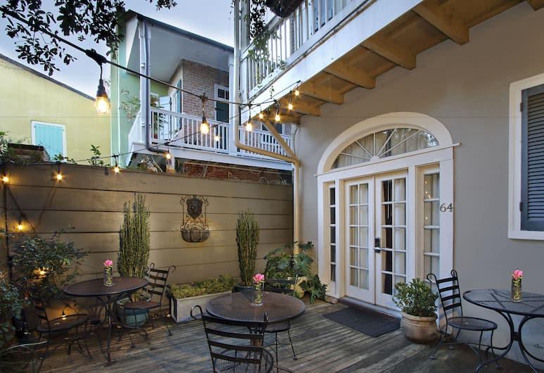 Inn on St Ann, New Orleans, Avlu