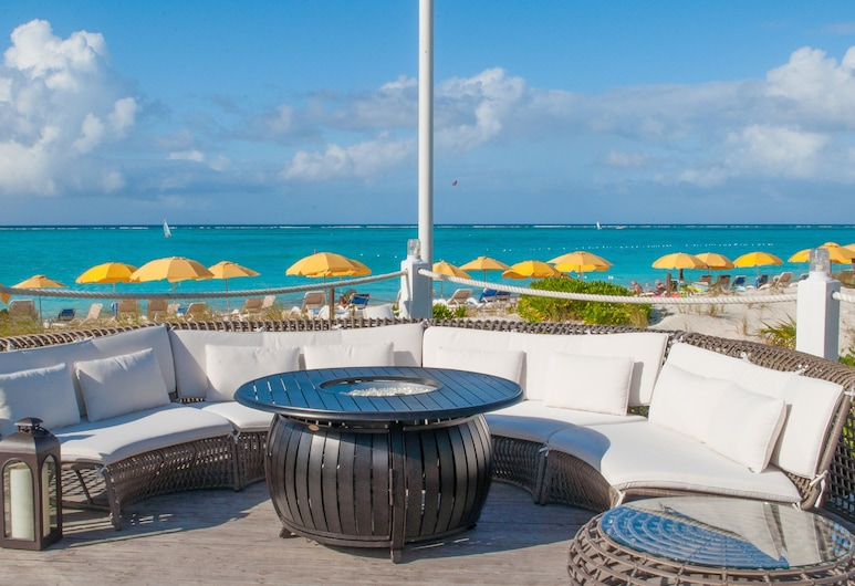 Alexandra Resort - ALL-INCLUSIVE, Providenciales, Bar a bordo piscina