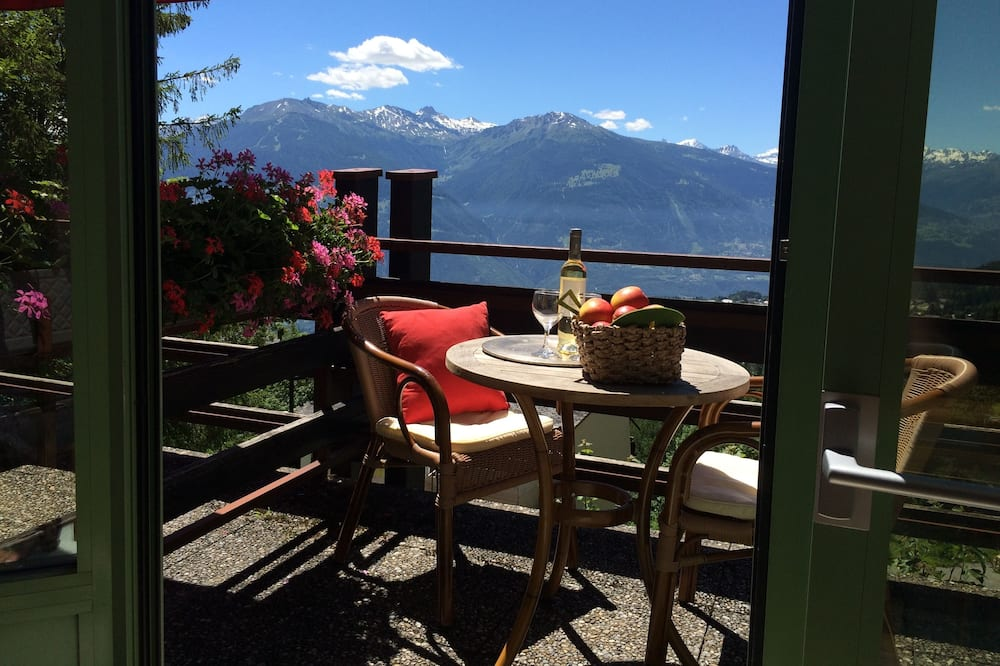 Deluxe Double or Twin Room, Balcony, Mountain View - Balcony View