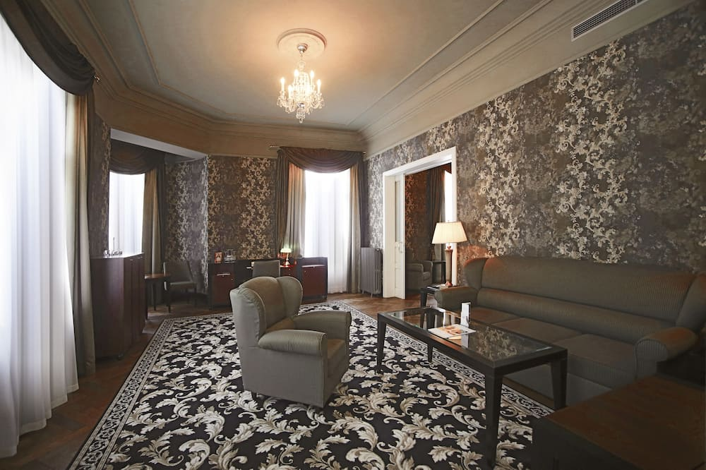 Apartment (Spa Included) - Living Room