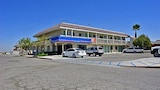 Hotel , Buttonwillow