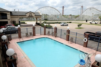 15 Closest Hotels to AT&T Stadium in Arlington |