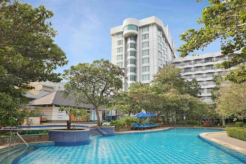 Book Mercure Convention Center Ancol In Jakarta Hotels Com