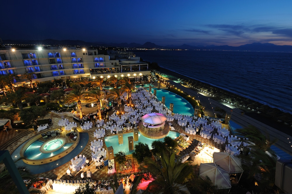 Club hotel and casino presque isle downs gambling age