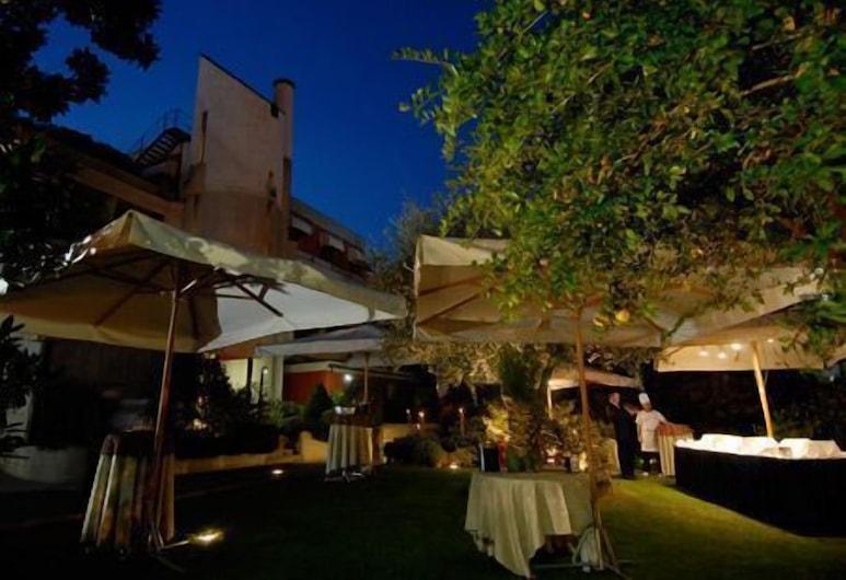 花架酒店, 萊尼亞戈, 住宿範圍