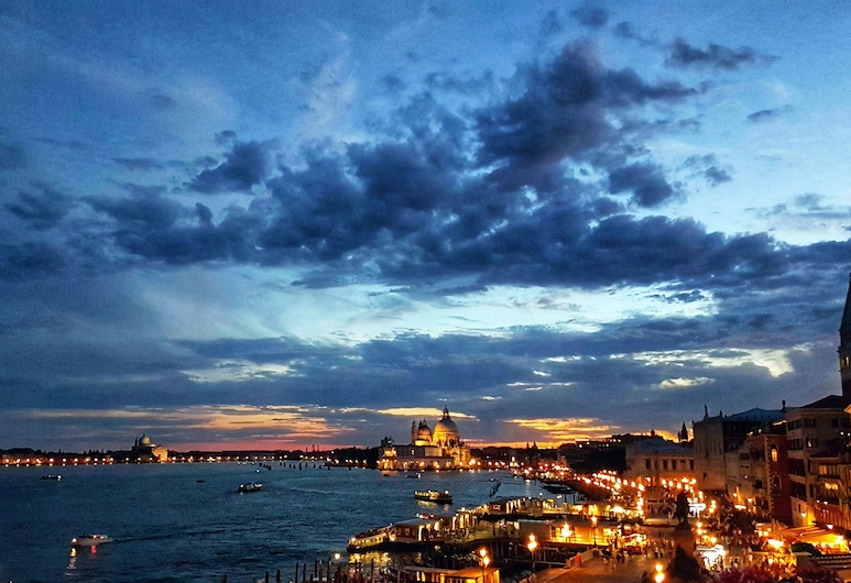 Hotel Locanda Vivaldi, Venice, City view from property