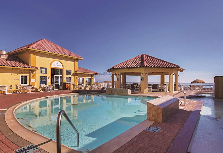 La Quinta Inn & Suites by Wyndham South Padre Island Beach, South Padre Island, Pool