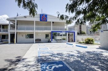 Picture of Motel 6 Salt Lake City Downtown in Salt Lake City