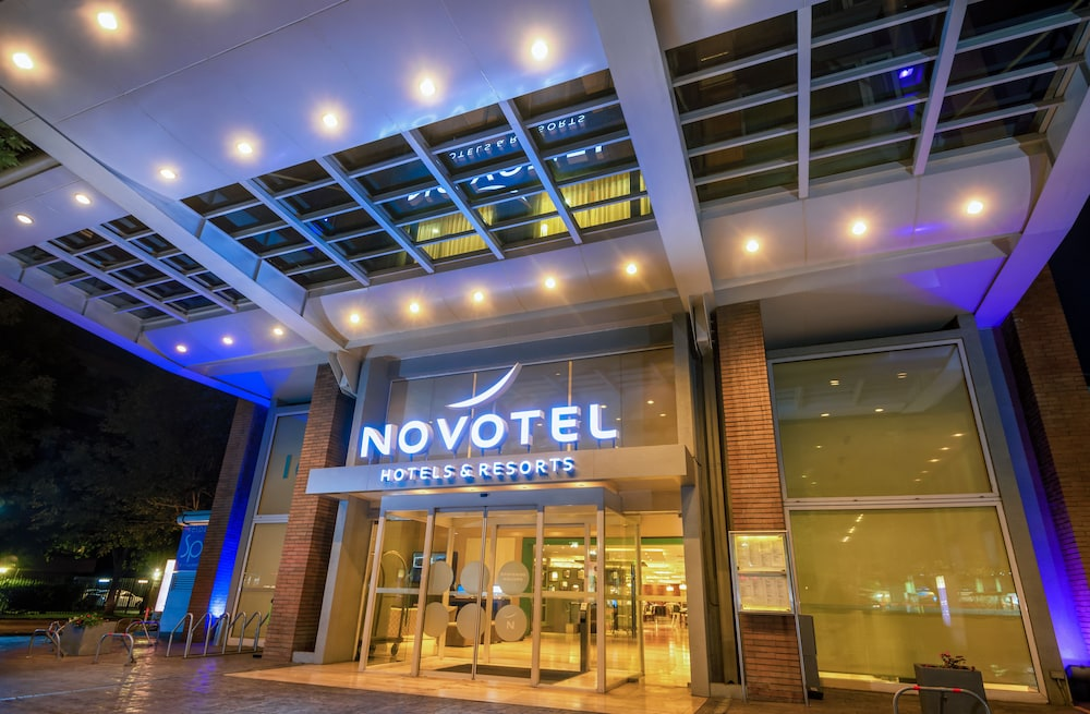 هوتل نوفوتيل سانتياجو فيتاكورا, Santiago
