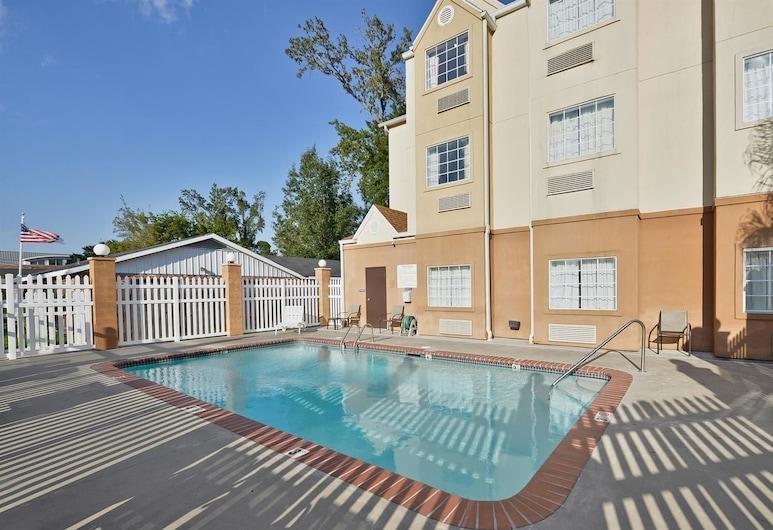 Americas Best Value Inn & Suites Lake Charles at I-210 Exit 5, Lake Charles, Pool