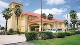 Choose This Cheap Hotel in Tomball
