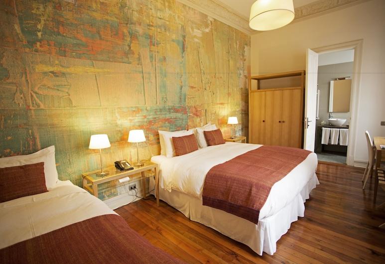 Matildas Hotel Boutique, Santiago, Triple Room, Guest Room