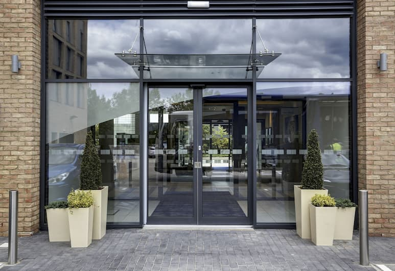 Holiday Inn Express London - ExCeL, London, Exterior