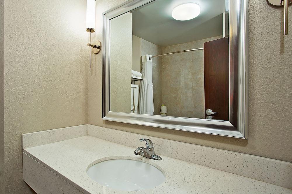 Suite, Acessível, Não-fumadores (Hearing) - Casa de banho