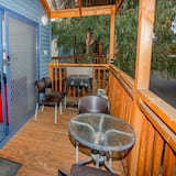 ห้องดีลักซ์, 2 ห้องนอน (Deluxe Cabin ) - ระเบียง