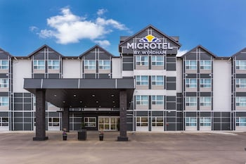 תמונה של Microtel Inn & Suites By Wyndham Whitecourt בוויטקורט