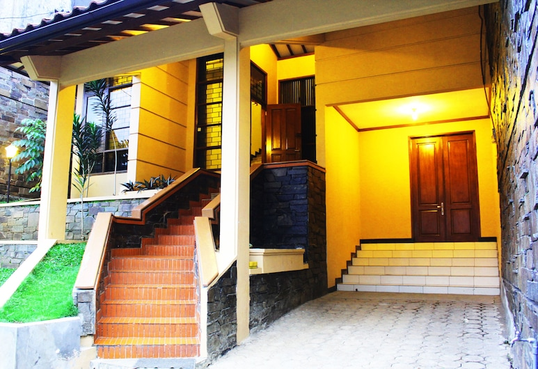 De Orange Pasteur Guest House by HouseinBandung, Bandungas
